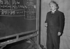 Einstein-at-blackboard-chalk-in-hand