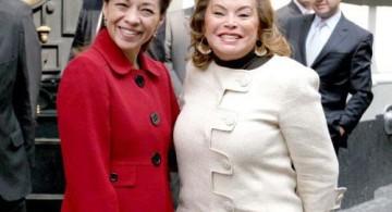 Josefina y Elba Esther