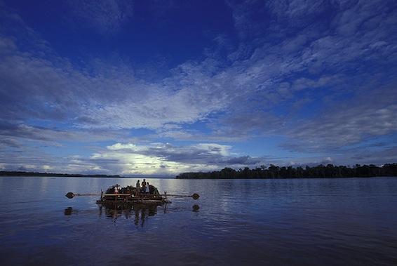 rio-amazonas-a-su-paso-por-peru