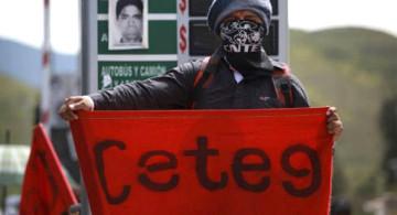 Protestas de la Coordinadora Estatal de Trabajadores de la Educación de Guerrero. Foto laotraopinion.com.mx