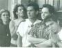 Alfredo Sánchez, Pedro Fernández, Julio Haro, Andrés Haro y Óscar Ortiz. Vestíbulo del Teatro Degollado, Guadalajara, 1988. Foto © Flor Acosta.